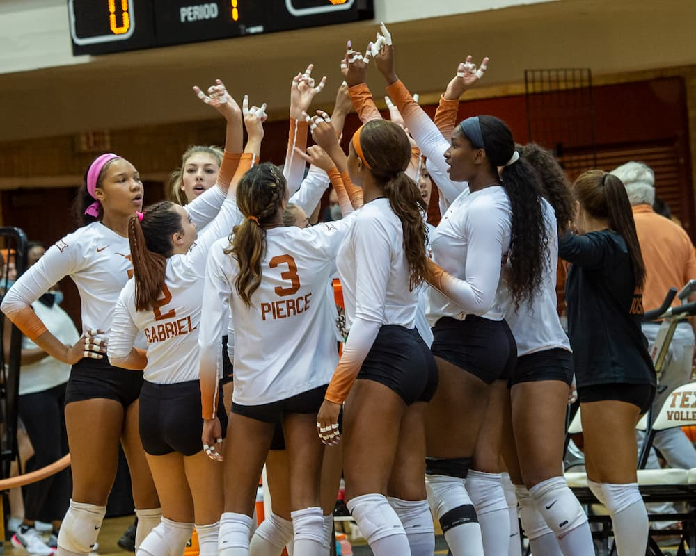 Record fan turnout at Texas Volleyball 2021 season opener Gregory Gym