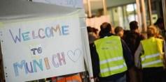 ملائكة رحمة ألمان يلمون شمل عائلات لاجئين سوريين