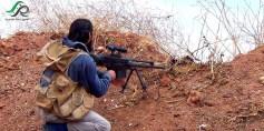 أحد الثوار على جبهات مدينة تلبيسة في حمص – عدسة محمود بكور