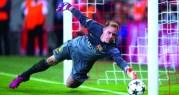 تير شتيغن حارساً لشباك برشلونة حتى 2022