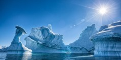 انهيار أحد أضخم جبال الجليد في القارة القطبية الجنوبية