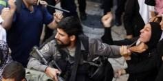 قوات الاحتلال تعتدي على المعتصمين أمام الأقصى والأمم المتحدة تدعو للحفاظ على الوضع الراهن للقدس