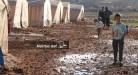 شقاء النزوح في مخيمات إدلب – عدسة علاء الدين فطراوي