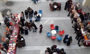 بازار خيري في اسطنبول لدعم الغوطة الشرقية