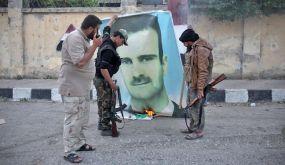 """فايننشال تايمز: جهود العرب لإعادة تأهيل """"الأسد"""" ستفشل"""