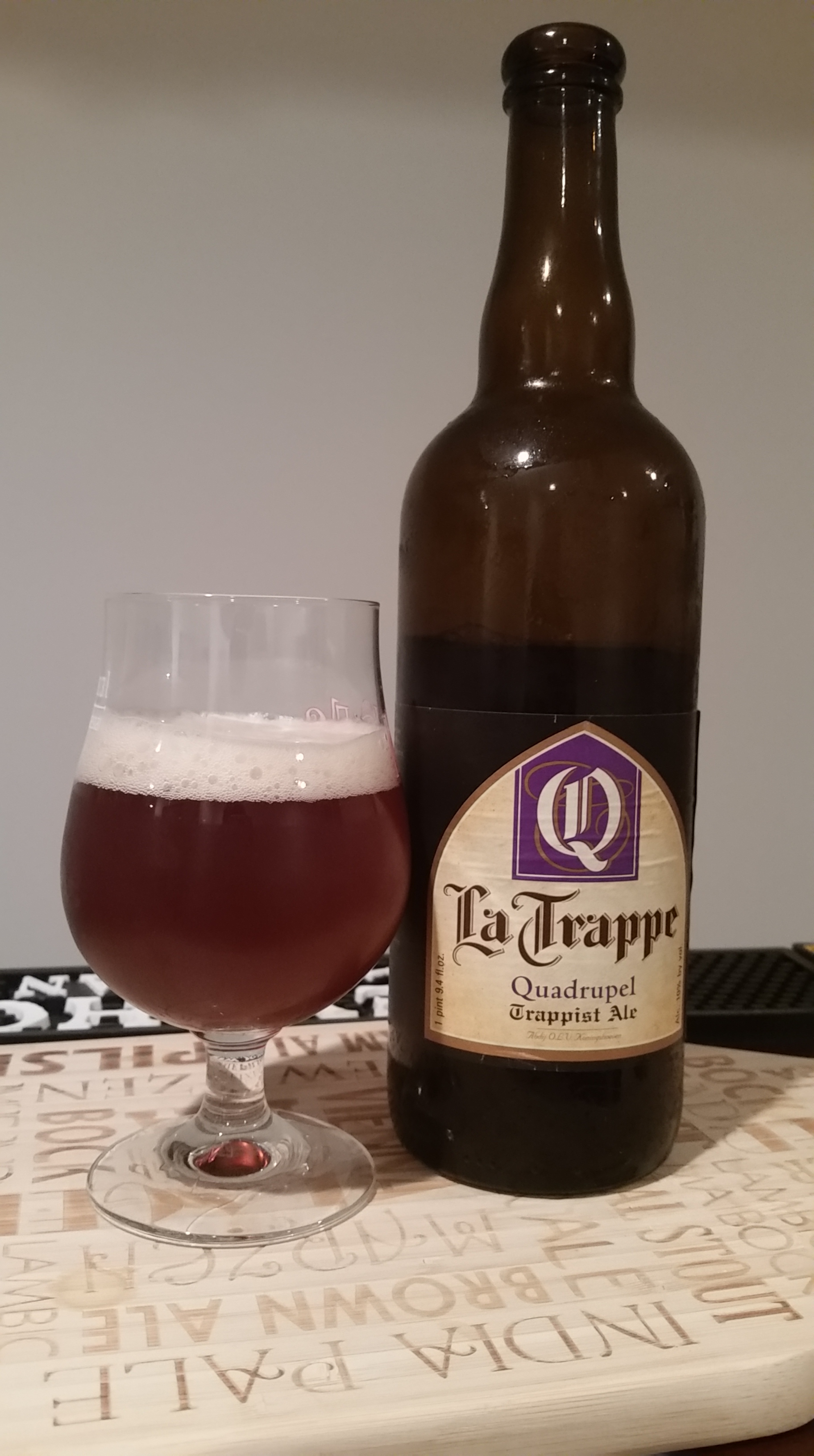 Beer Review La Trappe Quadrupel Trappist Ale Horse And Dray