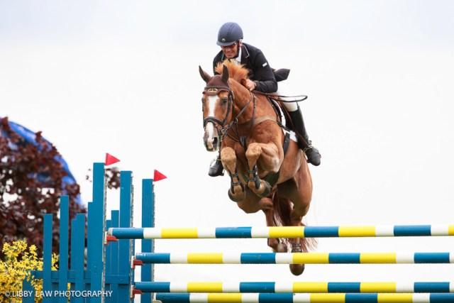 Andrew Nicholson showjumping in style on Nereo (Image: Libby Law)