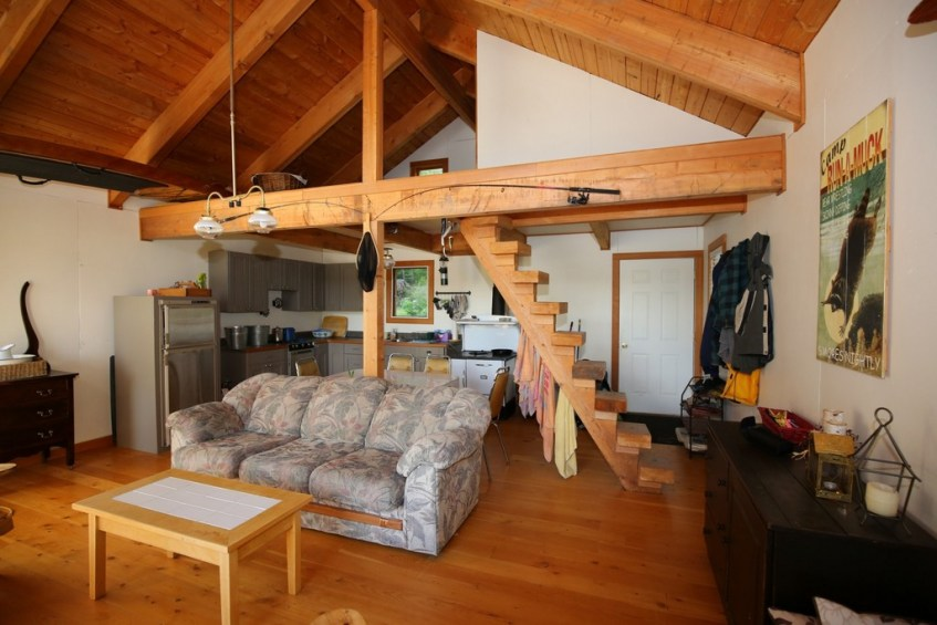 SOLD! Gorgeous Post & Beam Waterfront Cabin on Horsefly Lake