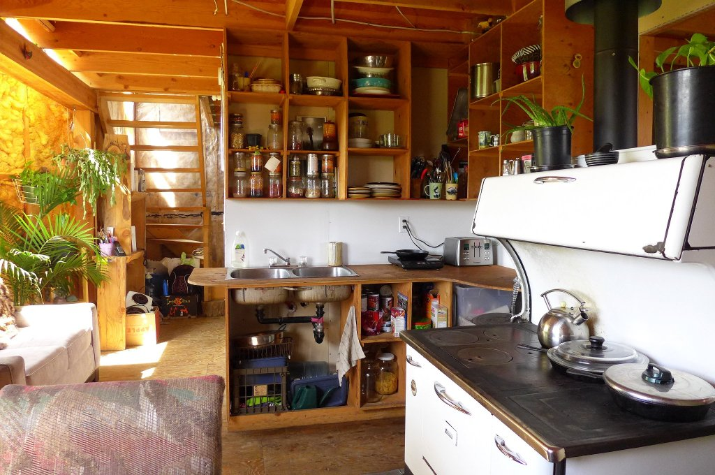 Eco Home with Fertile Garden & Green House in Horsefly Village - 3088 Boswell Street, Horsefly BC