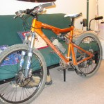 Stolen mountain bike still missing--Santa Cruz Blur LT orange