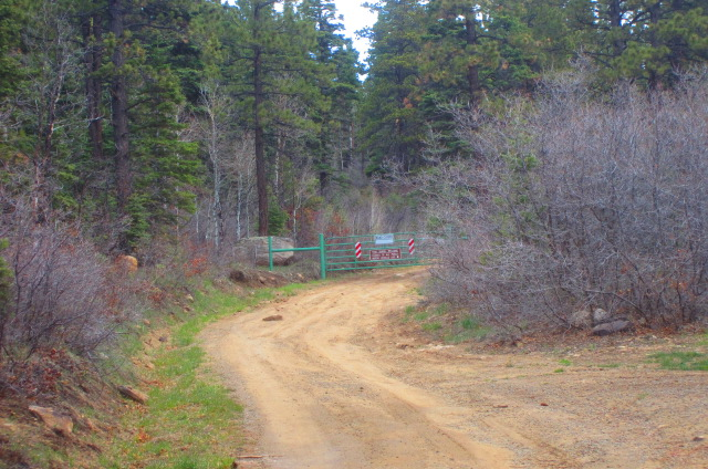 This is the gate above Durango Hills by the parking lot on Forest Service Rd 071.