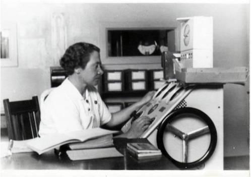 Moster i røntgen afdelingen ca. 1940