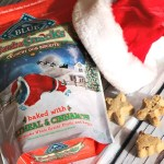 Holiday Traditions With Pets #BlueSantaSnacks