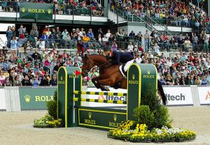 William Fox-Pitt (GBR) aboard Cool Mountain on their way to victory in the first leg of the HSBC FEI Classics™ at Lexington,KY (USA)