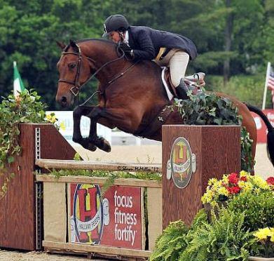 Hunter Derbies Highlight Saturday Lineup at Kentucky Spring Horse Show