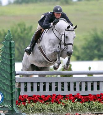Greg Crolick and Grey Street Win $2,500 USHJA National Hunter Derby at Horse Shows by the Bay