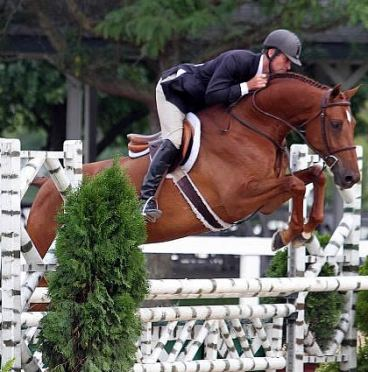 Hunt Tosh Tops USHJA Pre-Green Incentive Championship Opening Rounds at Bluegrass Festival Horse Show