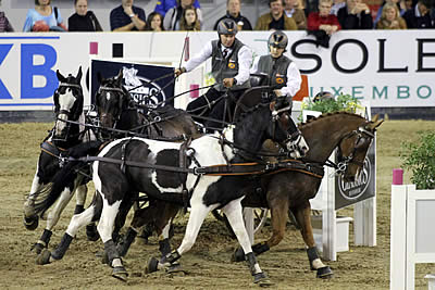 Flying Start for Koos de Ronde at FEI World Cup Driving Seasonal Opener in Hannover