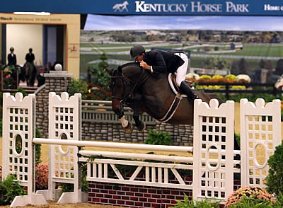 Queen Lattifa Reigns in Professional Hunters at Alltech National Horse Show
