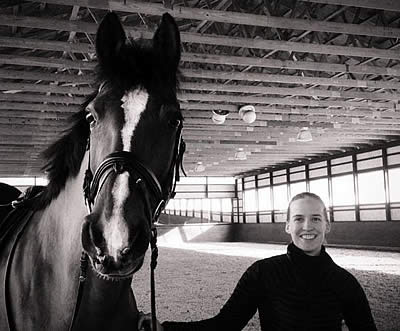 Group Effort Nets New Horse for Para-Equestrian Rebecca Hart