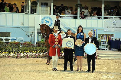Laura Chapot Earns Devon Leading Open Jumper Rider Award and Open Jumper Championship