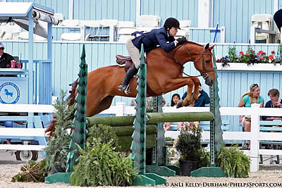 Katie Jacobs-Robinson and Amarillo Capture Tricolor Honors at Historic Devon Horse Show