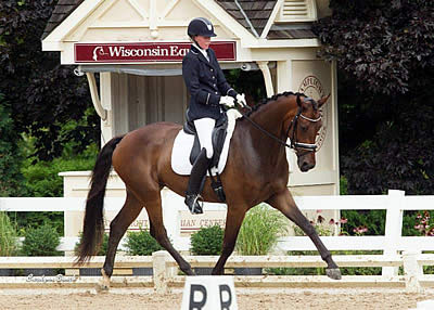 Rosalut NHF, Emilion SA, Donatus Clutch Early Leads at USEF Young & Developing Horse Dressage Nat'l Championships