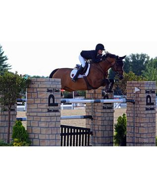 Alison Robitaille Rides to the Win in $50,000 Kentucky Summer Classic Grand Prix