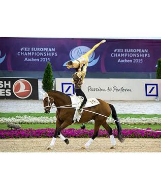 German Clean Sweep in Male Individual Final, Austrians Dominate in Pas de Deux