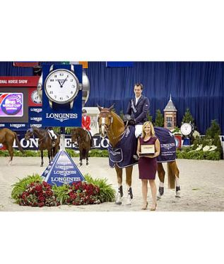 Harrie Smolders Claims Top Honours at the Washington International Horse Show