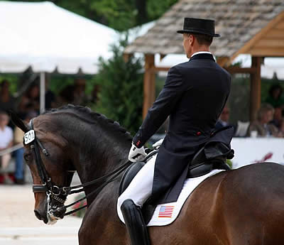 Custom Saddlery to Award Saddles to Winners at U.S. Dressage Festival of Champions