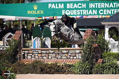 Hunters Rule the International Arena for World Championship Hunter Rider Week at WEF