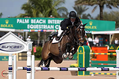 Shane Sweetnam and Buckle Up Win $35,000 Suncast 1.50m Championship Jumper Classic