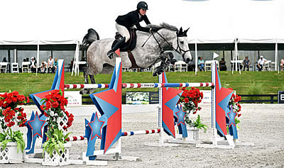 Cassevel Wins First Grand Prix with Hunter Holloway in the $25,000 SmartPak Grand Prix