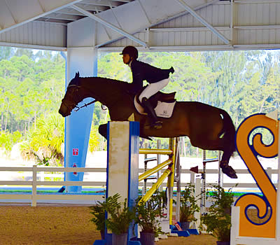 2016 Turf Tour Finale Grand Prix Topped by Brianne Goutal and Onira