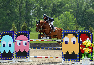 Leslie Burr Howard Claims the Win in the $75,000 HITS Grand Prix