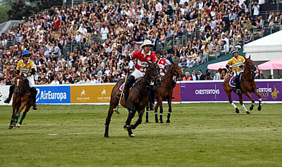 Ladies Day Sees Record Ever Crowd at Chestertons Polo in the Park