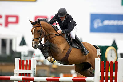 Roger-Yves Bost and Pedro Veniss Victorious on Day Two of Spruce Meadows 'Masters'
