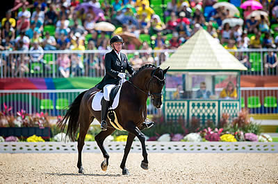 Lubbe and Pearson Lead on Day One of Para-Equestrian