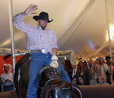 Bull-Riding Teams to Benefit Vinceremos Therapeutic Riding Center