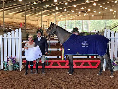 $10,000 EMO Jumper Classic Crowns Juan Lavieri and Don Pedro Champs