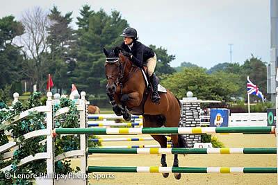 Anna Dryden Dominates High Junior/Amateur-Owner Speed at Kentucky Summer Horse Show