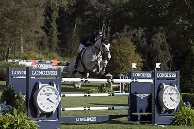 "Ryan Sees Plenty of ""Blue"" with Longines Win in New York"