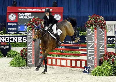 Paige Kouimanis and Carly Hoft Claim $10k WIHS Adult and Children's Jumper Championships