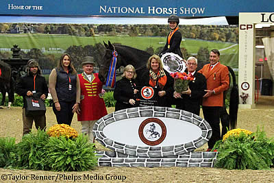 Jaden Porter Claims Inaugural National Horse Show 3'3″ Equitation Championship