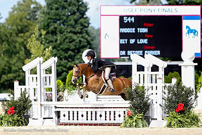 Maddie Tosh Jumps to Small Regular Pony Hunter Championship at USEF Pony Finals