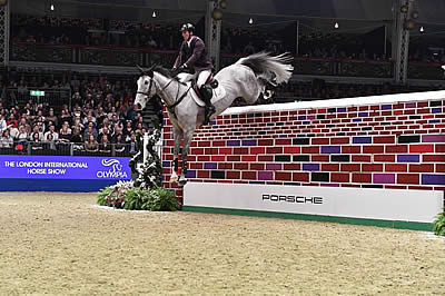 Mr Blue Sky Dazzles as Williams and Billot Share Puissance Title