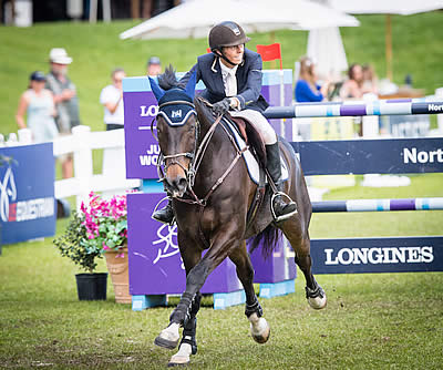Moggre Shines in Longines Debut at Live Oak