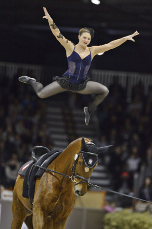 Simone Jäiser (SUI) and Luk, lunged by Simone's mother Rita Blieske, won the final FEI World Cup™ Vaulting qualifier of the season in Bordeaux.