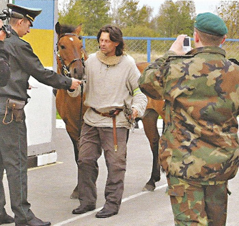 Border officials and ordinary citizens treated the Lithuanian Long Riders with courtesy and respect